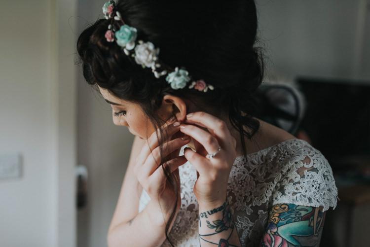 Pink Blue Flower Crown Bride Bridal DIY Pastel Creative Wedding http://www.baiandelle.com/