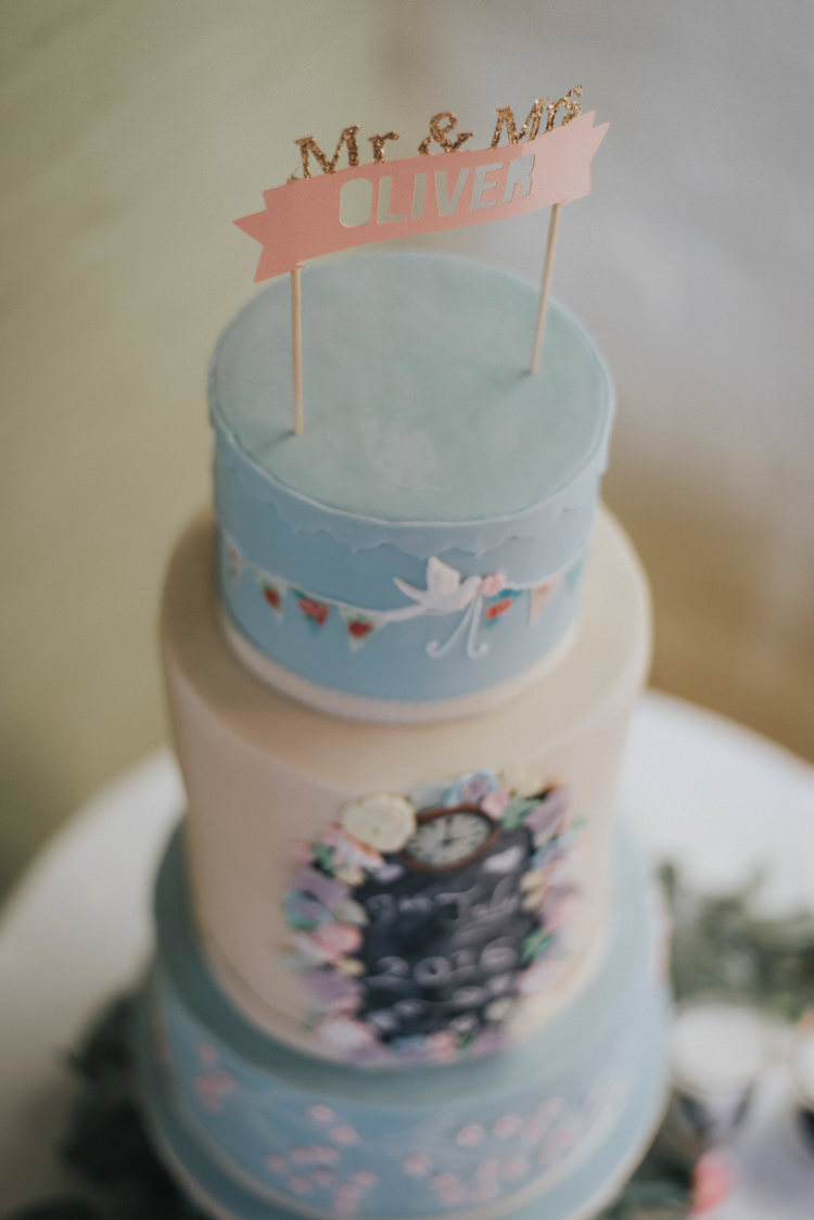 Pink Blue Cake Chalkboard Topper Banner DIY Pastel Creative Wedding http://www.baiandelle.com/