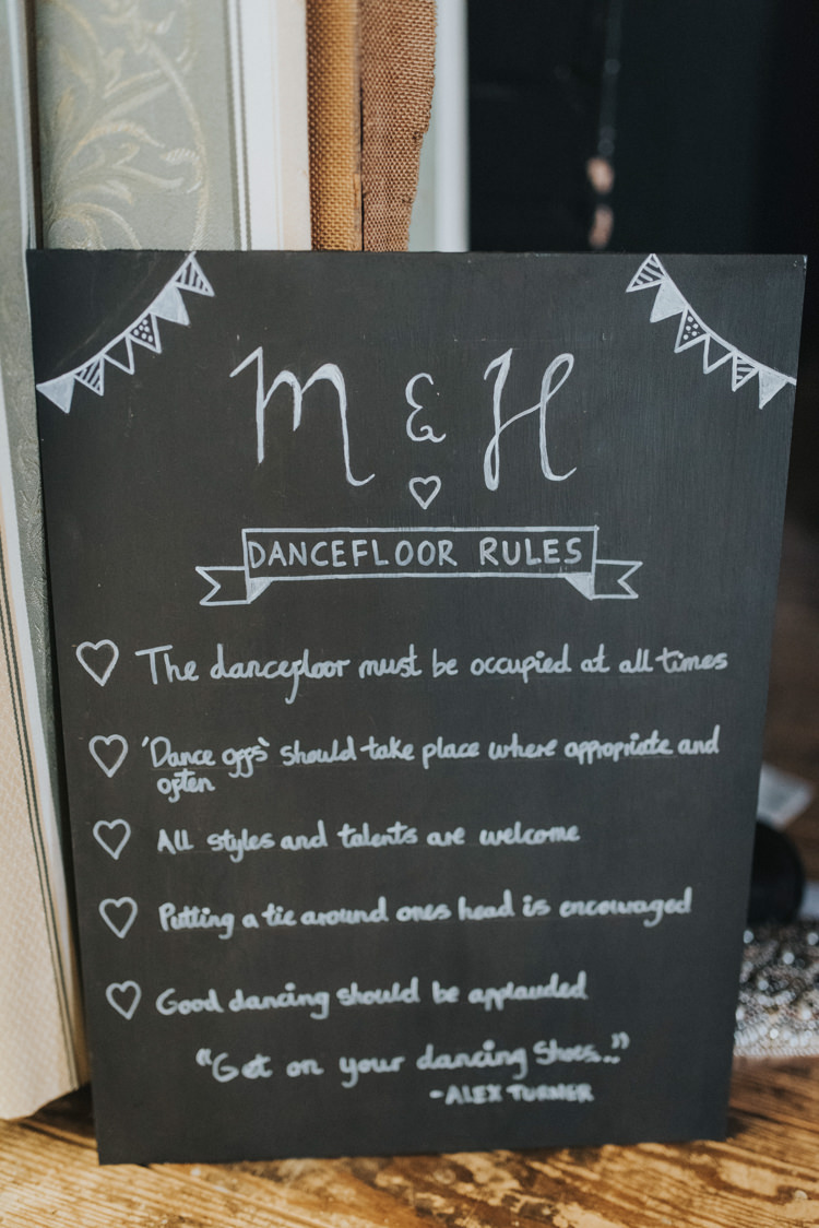 Dancefloor Rules Sign DIY Pastel Creative Wedding http://www.baiandelle.com/
