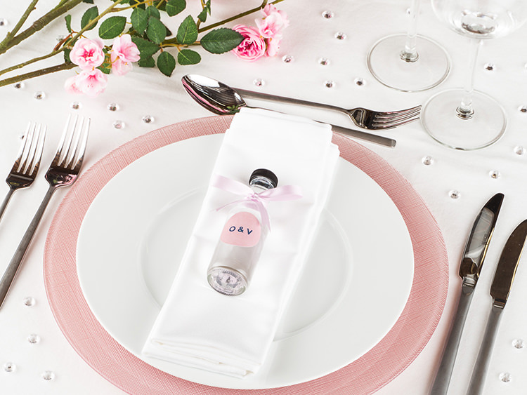 DIY Wedding Favours Bottles Bags Itsy UK