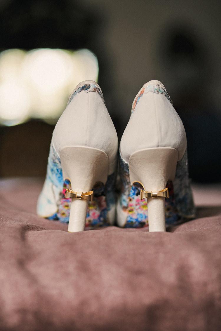 Bow Shoes Bride Bridal Rustic Secret Garden Wedding http://helenrussellphotography.co.uk/