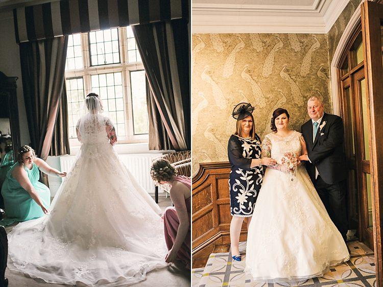 Rustic Secret Garden Wedding http://helenrussellphotography.co.uk/