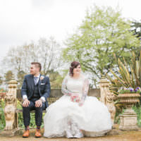 Rustic Secret Garden Wedding http://helenrussellphotography.co.uk/