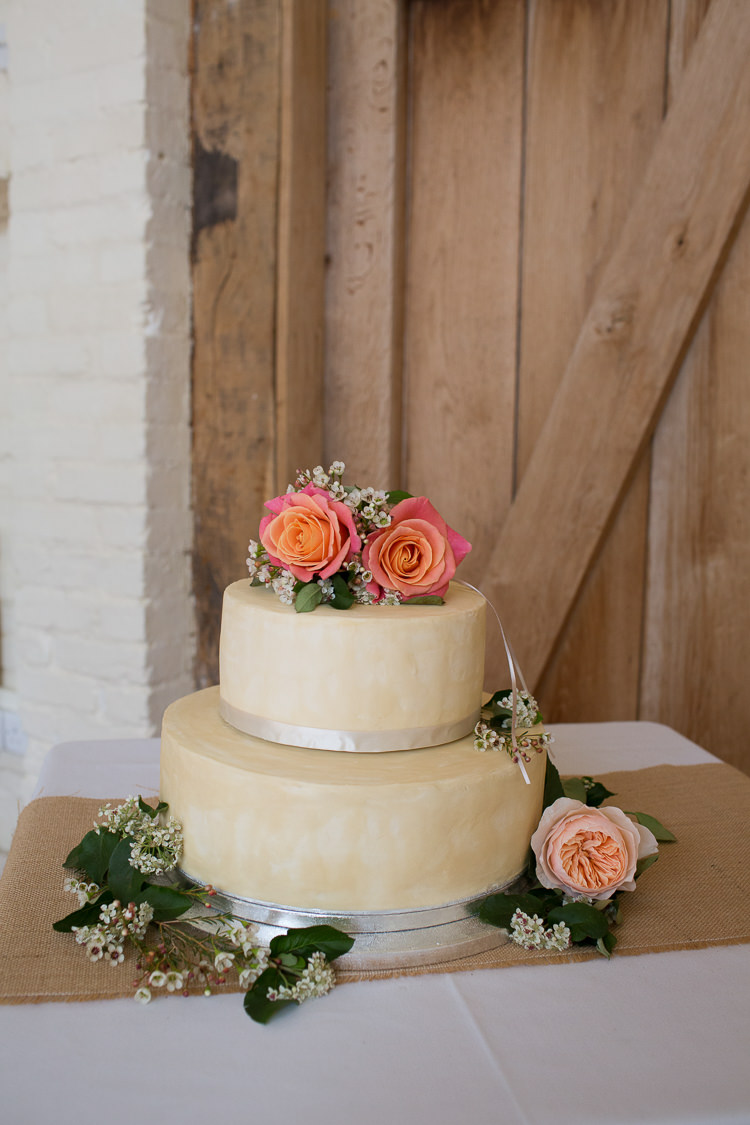 Iced Cake Flowers Orange Peach Coral Intimate Simple Country Barn Wedding http://joannabrownphotography.com/