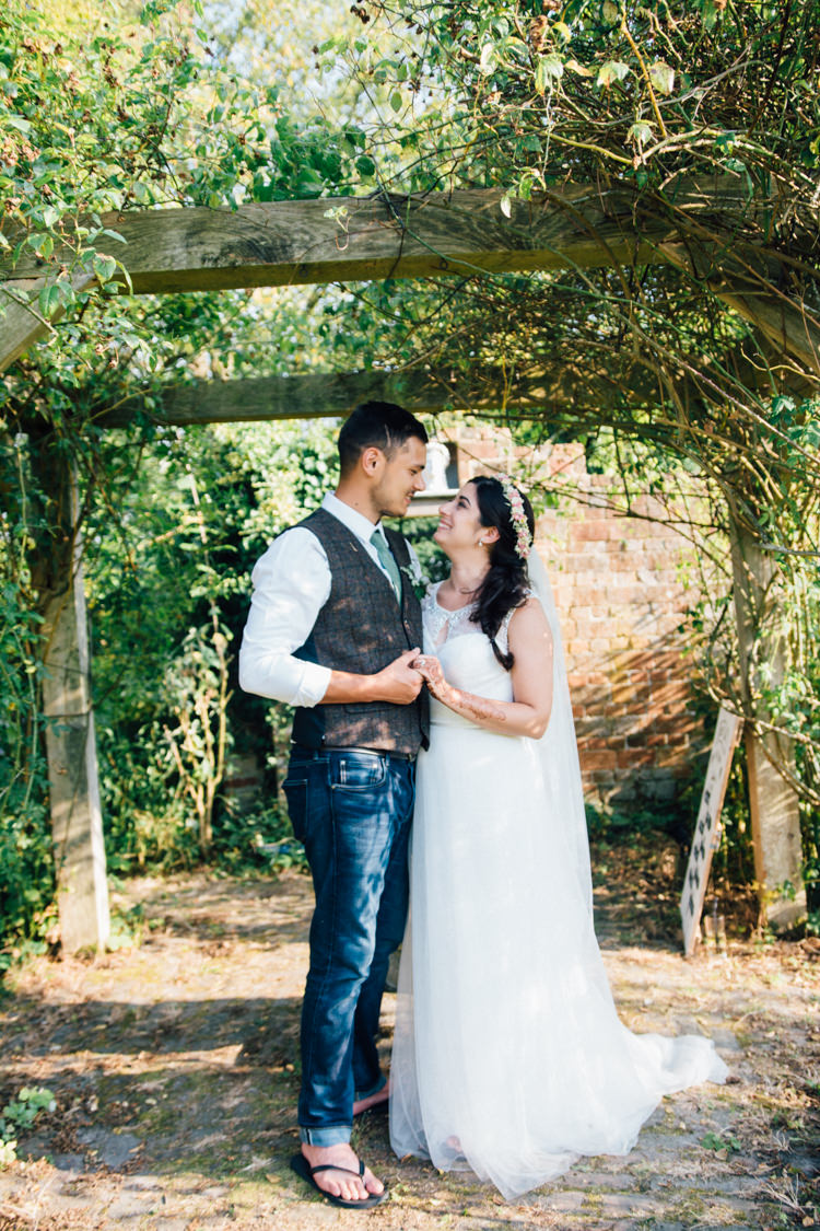 Maggie Sottero Tulle Dress Bride Bridal Gown Home Made Rustic Barn Wedding http://www.sarahfleetphotography.com/