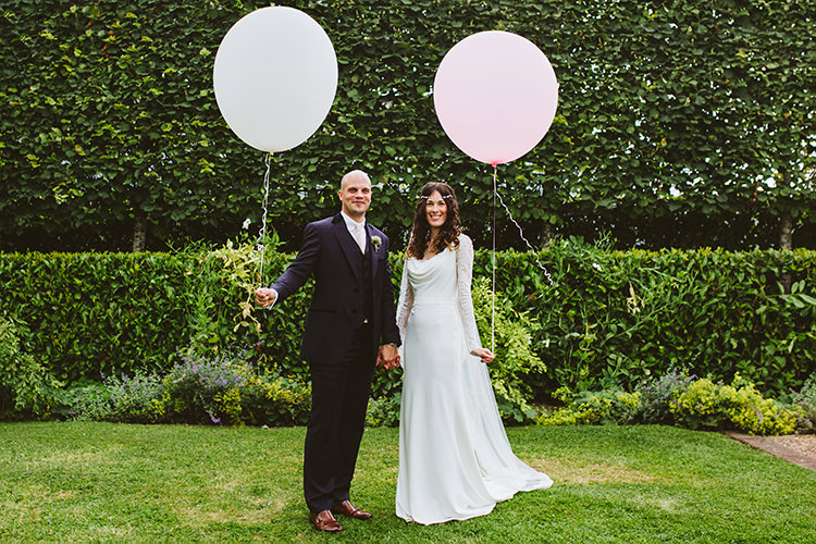 Balloons Pretty Festival Barn Countryside Wedding http://www.claretamim.co.uk/