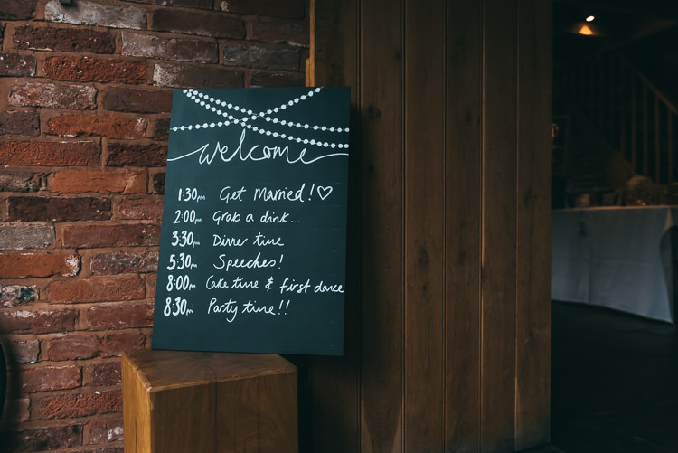 Welcome Sign Chalk Black Board Relaxed Boho Barn Wedding http://www.fcphotography.co.uk/