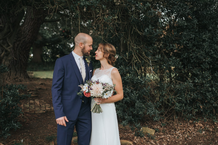 Floral Autumn Country House Wedding http://pearbearphotography.com/