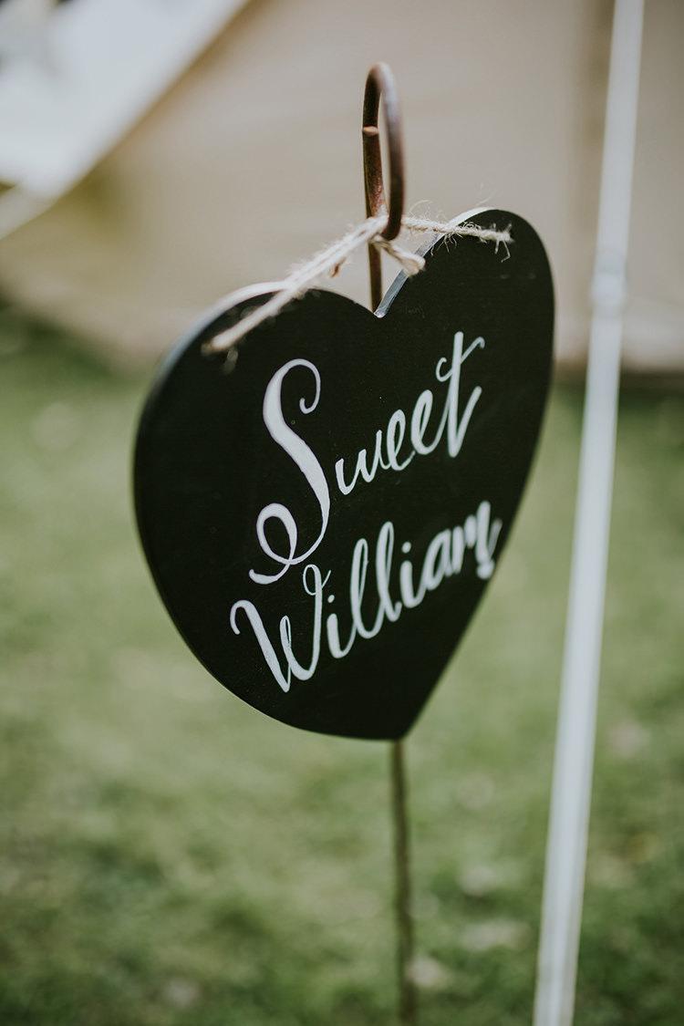 Heart Chalk Black Board Sign Beautiful Classic English Countryside Wedding http://jenmarino.com/