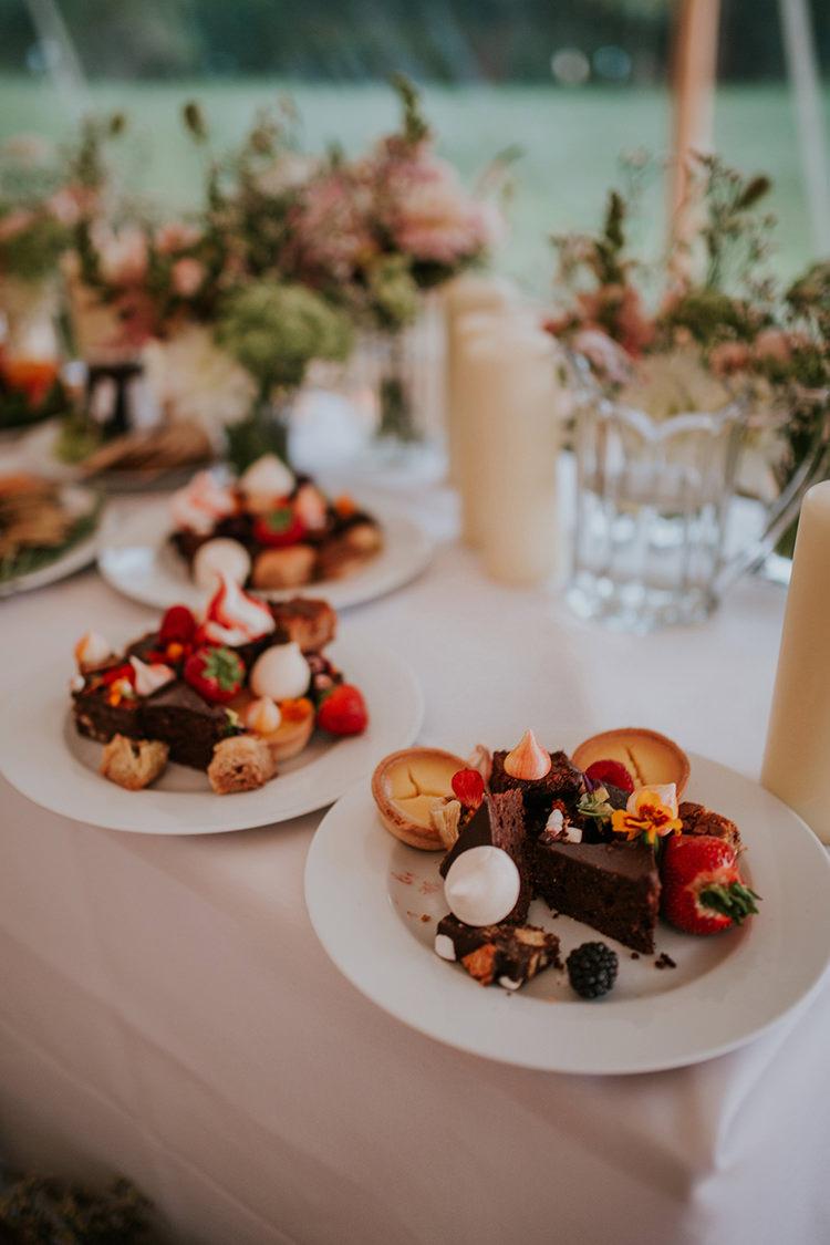 Dessert Food Beautiful Classic English Countryside Wedding http://jenmarino.com/