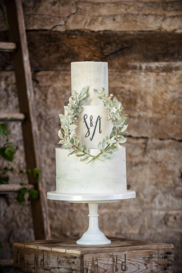 Greenery Cake Calligraphy Lettering Organic Foliage Rustic Wedding Ideas http://www.sarahvivienne.co.uk/