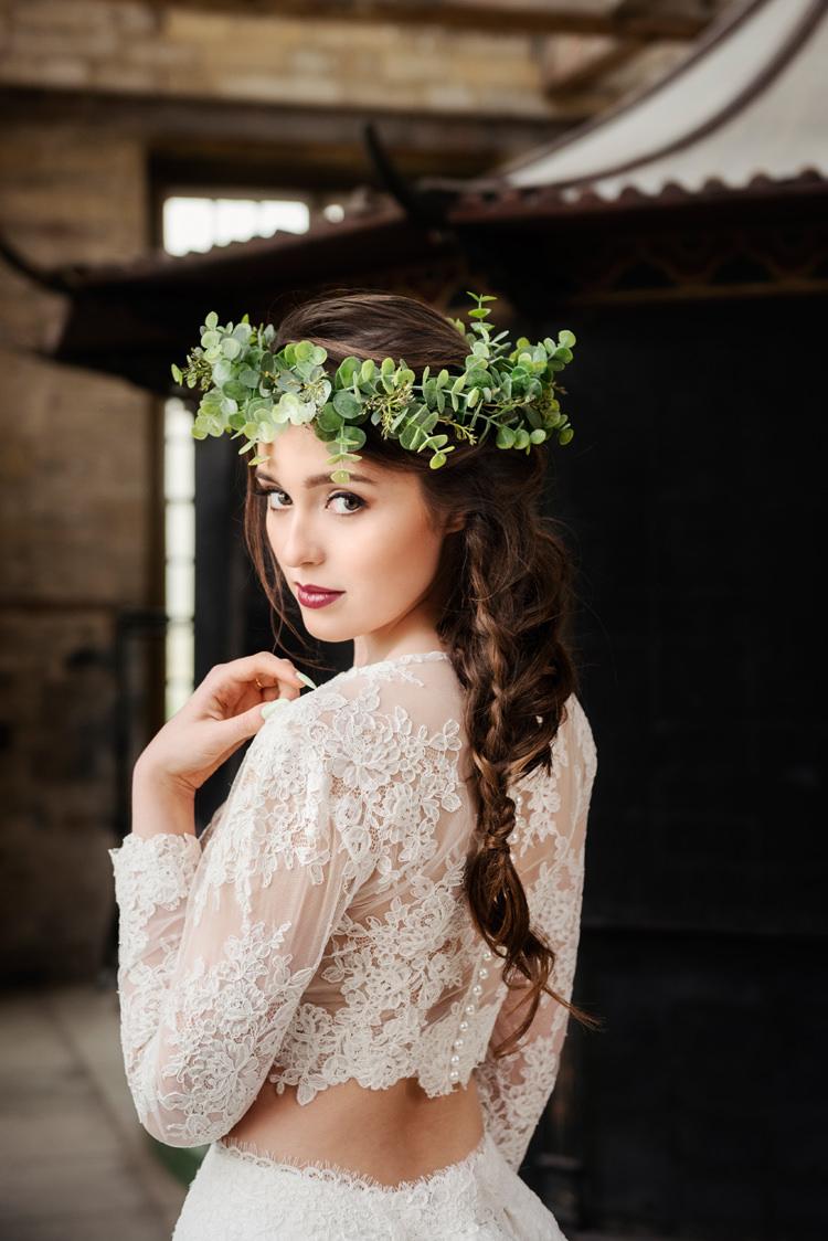 Plait Hair Braid Bride Bridal Style Organic Foliage Rustic Wedding Ideas http://www.sarahvivienne.co.uk/