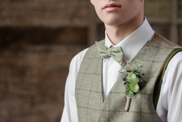 Green Bow Tie Groom Organic Foliage Rustic Wedding Ideas http://www.sarahvivienne.co.uk/