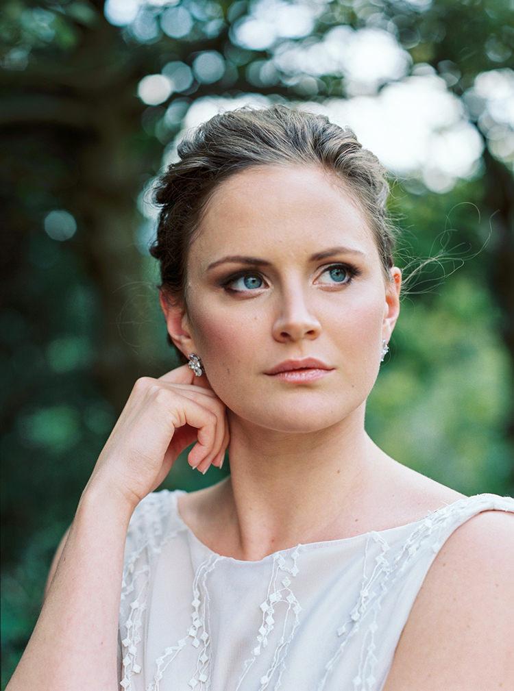 Make Up Bride Bridal Natural Pretty Arts & Crafts Jewel Tone Wedding Ideas http://www.veronalain.com/