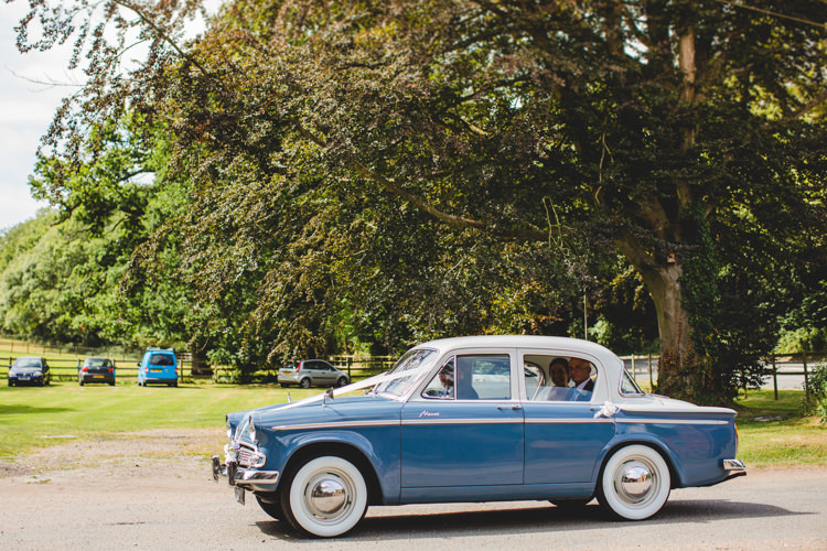 Classic Car Blue Stylish Relaxed Fun White Wedding http://www.livvy-hukins.co.uk/