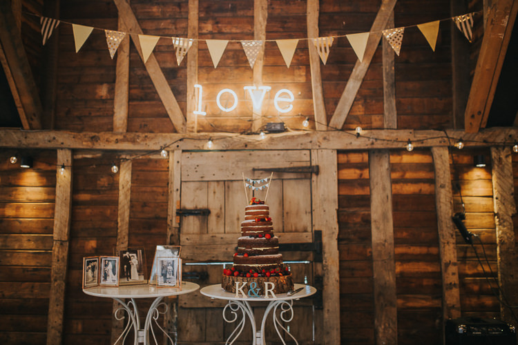 Naked Cake Table Love Light Bunting Decor Teal Gold Barn Wedding http://www.mr-and-mrs-wedding-photography.co.uk/