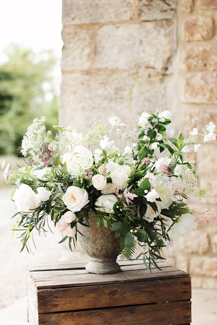 Flowers White Pink Rose Arrangement Soft Pale Fine Art Wedding Ideas http://rachelrosephotography.co.uk/