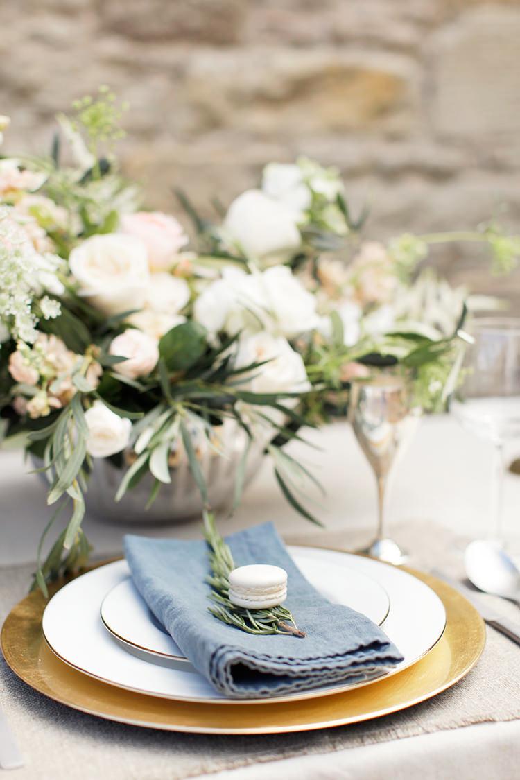Rosemary Blue Napkin Place Setting Macaron Gold Plate Soft Pale Fine Art Wedding Ideas http://rachelrosephotography.co.uk/