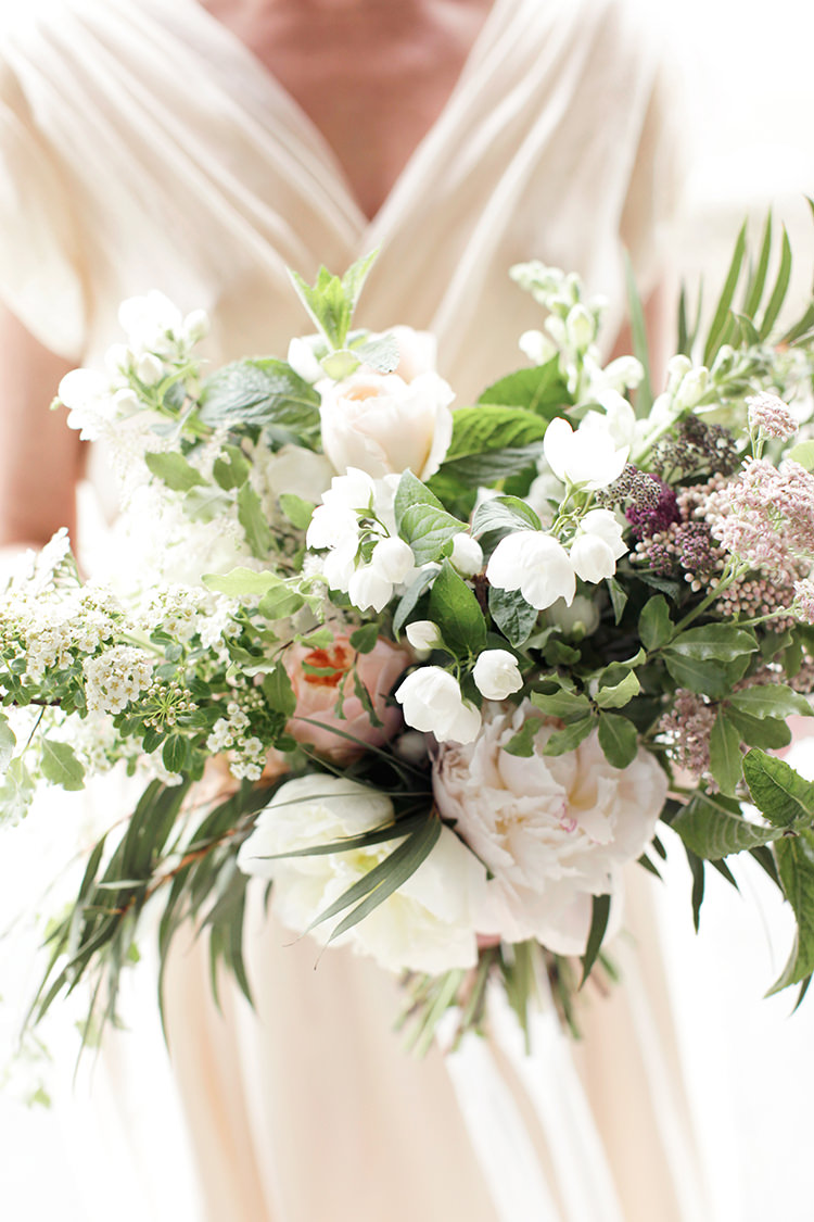 Bouquet Flowers Foliage Roses Bride Bridal Soft Pale Fine Art Wedding Ideas http://rachelrosephotography.co.uk/
