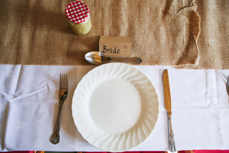 Hessian Table Cloth Mismatched Berry DIY Wedding http://www.colinianross.com/