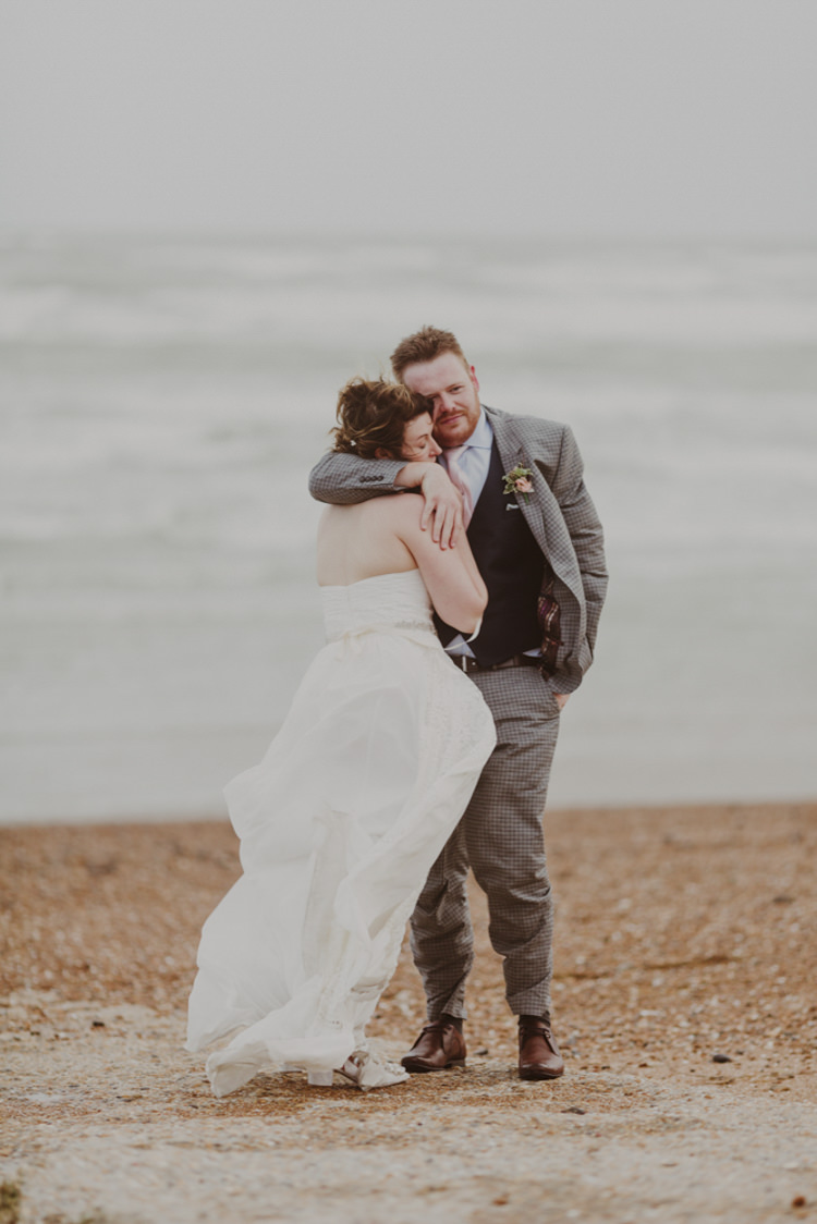 Romantic Stylish Relaxed Sea Wedding http://www.oxiphotography.co.uk/