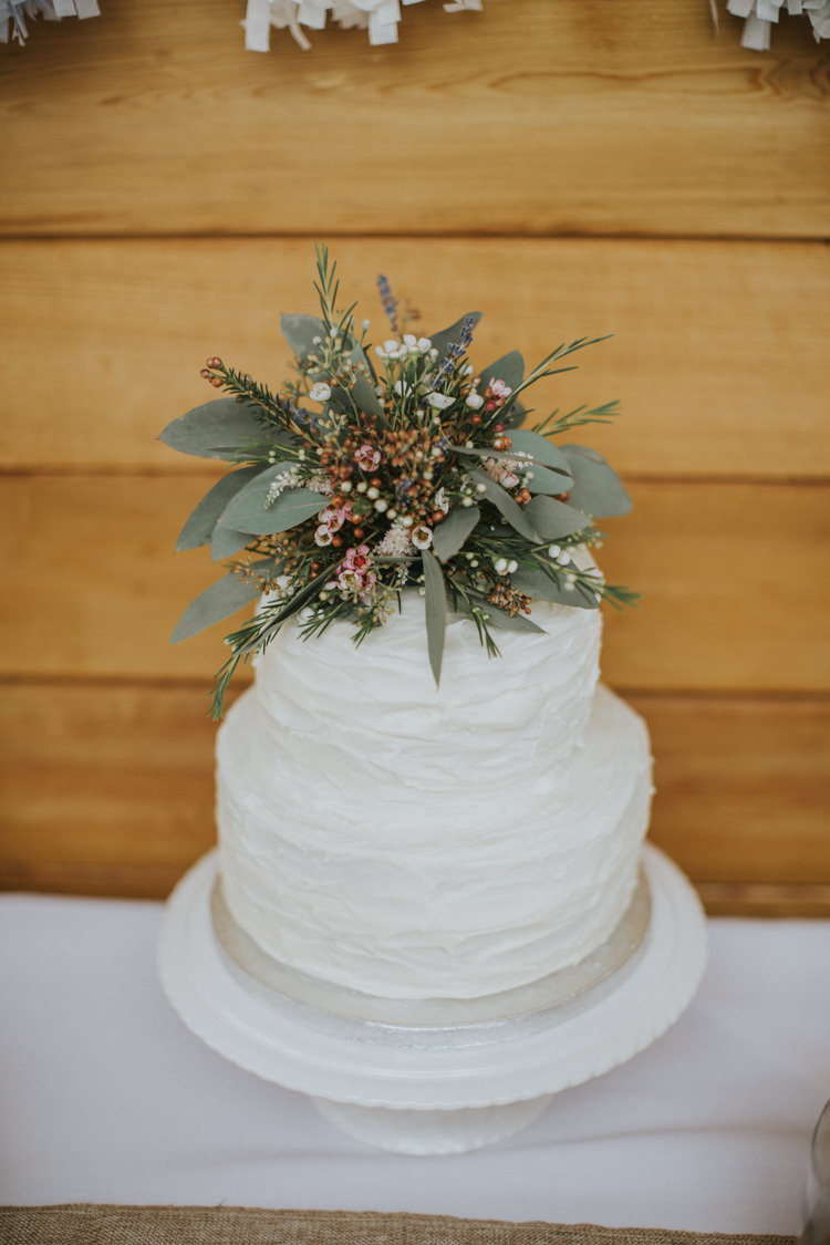 Buttercream Cake Flower Topper Creative DIY Rustic Lavender Wedding http://www.nataliepluck.com/