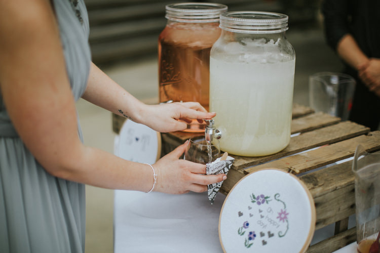 Drink Dispenser Bar Station Stand Creative DIY Rustic Lavender Wedding http://www.nataliepluck.com/