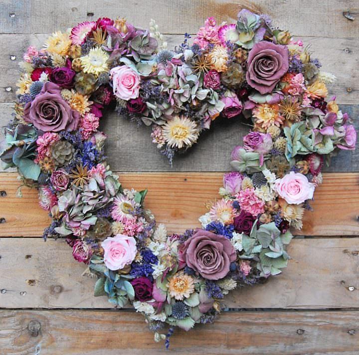 Lotus Floral Art Dried Flowers Florist Wedding Directory Supplier UK