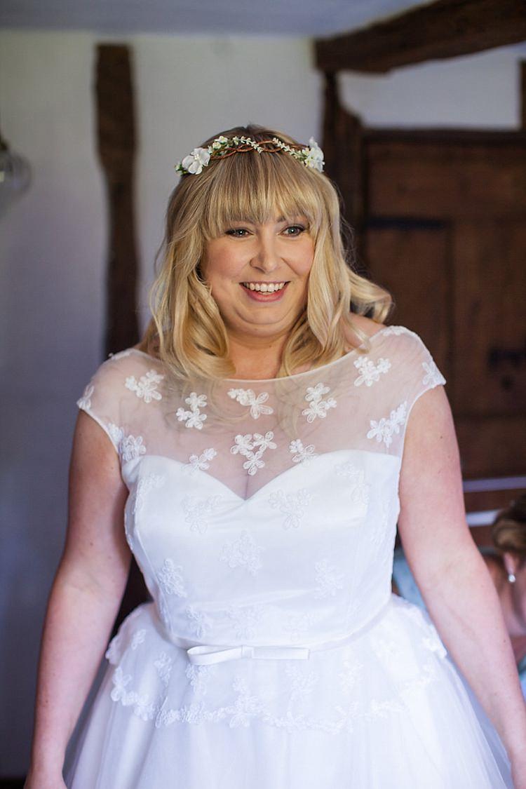 Hair Vine Bride Bridal Hair Fringe Bangs Pretty Outdoorsy Yellow Tipi Wedding http://www.binkynixon.com/