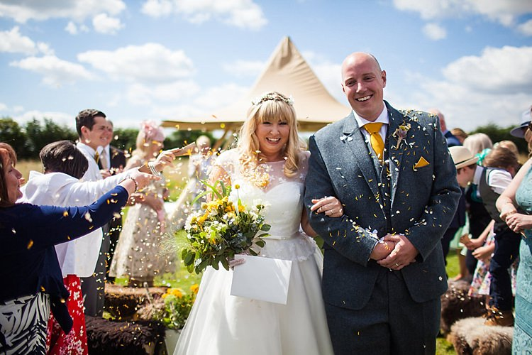 Confetti Throw Petals Pretty Outdoorsy Yellow Tipi Wedding http://www.binkynixon.com/