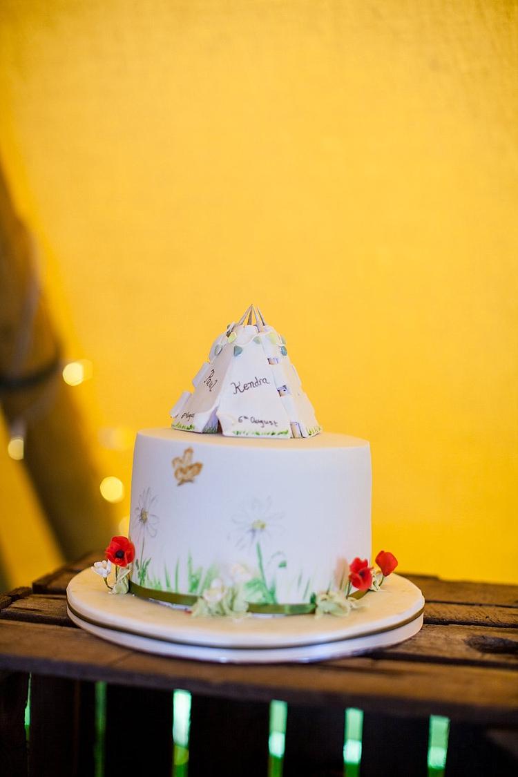 Cake Meadow Flowers Pretty Outdoorsy Yellow Tipi Wedding http://www.binkynixon.com/