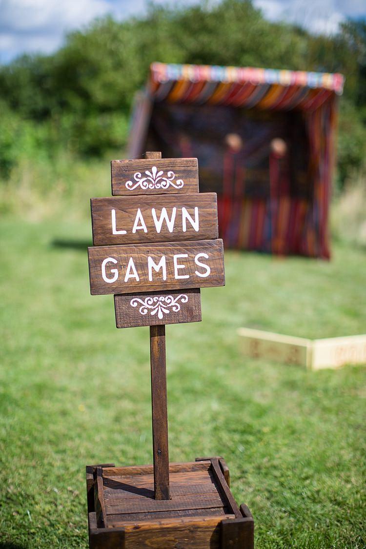 Fete Games Pretty Outdoorsy Yellow Tipi Wedding http://www.binkynixon.com/