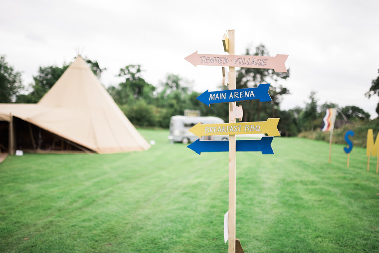 Painted Wooden Sign Post Camping Festival Rave Tipi Wedding http://petalandblushartistry.co.uk/