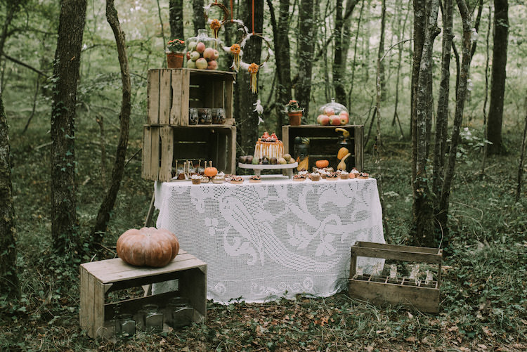 Dessert Table Naked Wedding Cake Fresh Fruit Melted Caramel Tarts Cupcakes Macaroons Wooden Crates Pumpkins Apples Glass Jars Dream Catcher Organic Woodland Elopement Wedding Ideas http://www.miraalpajarito.es/