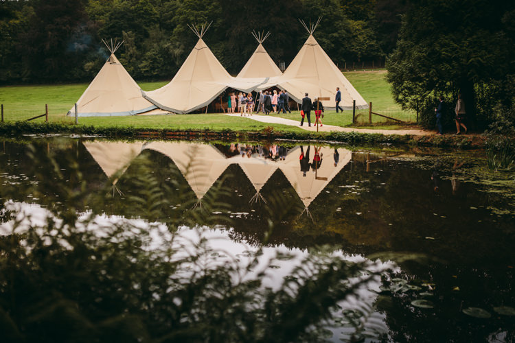 Colourful Outdoorsy Tipi Wedding http://amybphotography.co.uk/
