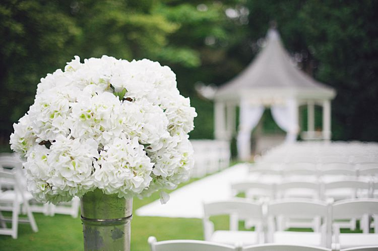 White Aisle Flowers Decor Ceremony Natural Peach Garden Wedding http://www.juliaandyou.co.uk/