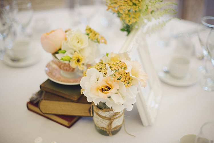 White Jar Flowers Books Lace Hessian Natural Peach Garden Wedding http://www.juliaandyou.co.uk/