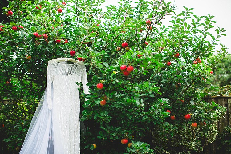 Eliza Jane Howell Angelica Dress Gown Bride Bridal Eclectic Foliage Edison Lights Wedding http://www.tobiahtayo.com/