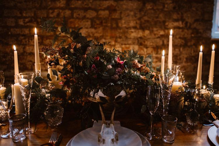 Dark Romantic Urban Wedding Ideas http://www.agnesblack.com/