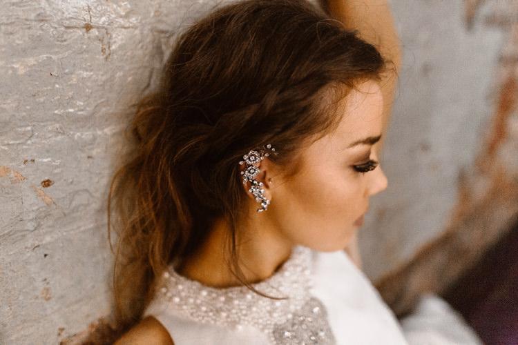 Bride Bridal Earrings Dark Romantic Urban Wedding Ideas http://www.agnesblack.com/