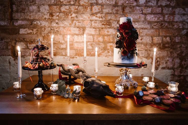 Cake Table Candles Decor Dark Romantic Urban Wedding Ideas http://www.agnesblack.com/