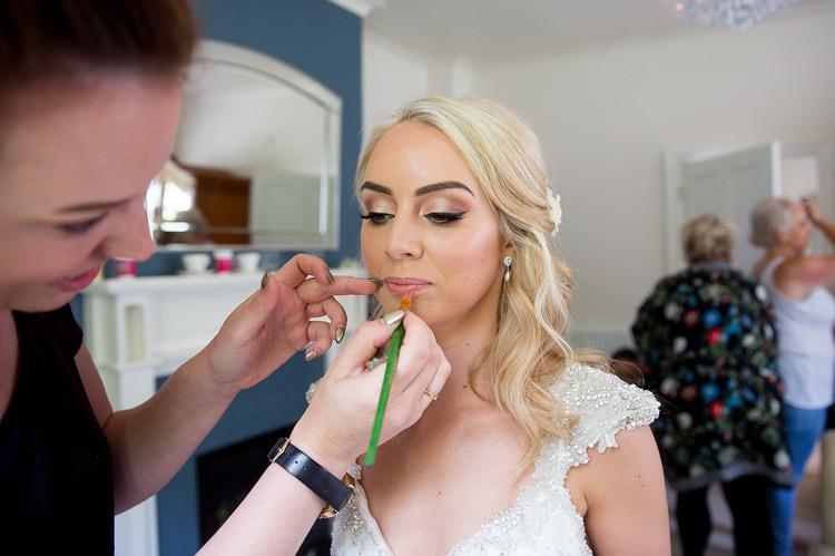 Make Up Bride Bridal Romantic Summer Country Blush Wedding http://katherineashdown.co.uk/