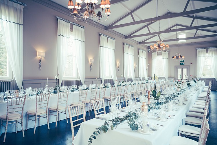 Morden Hall London White Foliage Greenery Fun Stylish City Hall Wedding http://www.terryliphotography.co.uk/