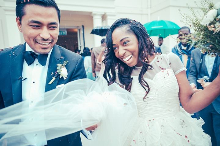 Fun Stylish City Hall Wedding http://www.terryliphotography.co.uk/