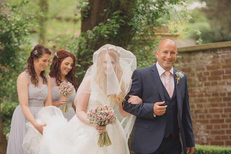 Rustic Quirky Woodland Wedding http://www.rebeccadouglas.co.uk/