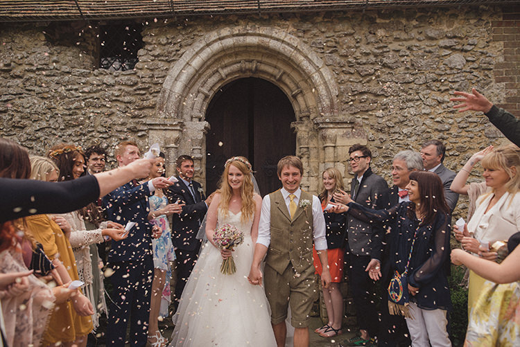 Confetti Throw Rustic Quirky Woodland Wedding http://www.rebeccadouglas.co.uk/