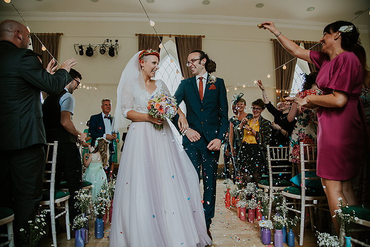 Confetti Throw Colourful Crafty Relaxed Watercolour Wedding https://suesliquephotography.com/