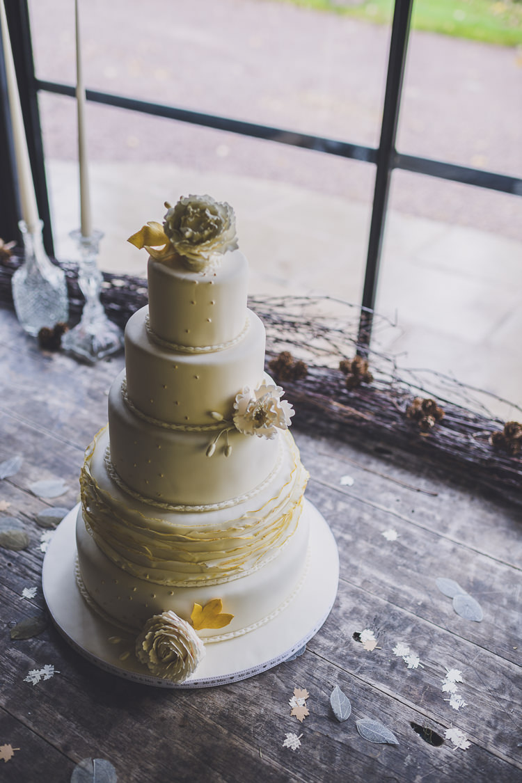 Classic Cake Ruffle Polka Dot Teirs Flowers Ethereal Romantic Autumn Barn Wedding http://www.oacphotography.com/