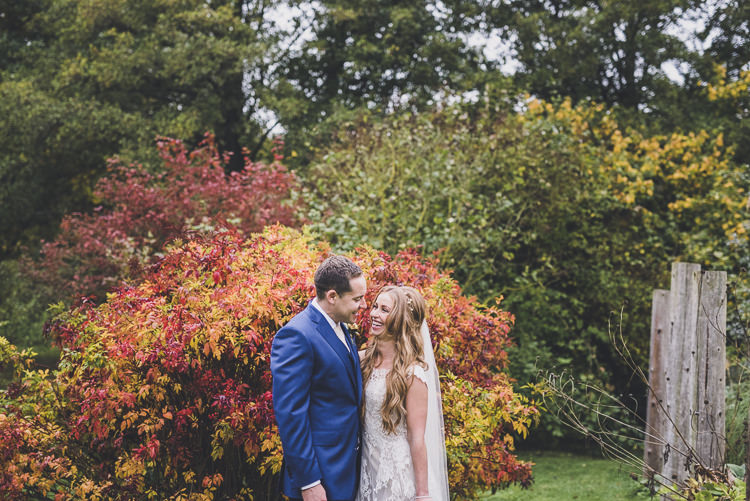 Ethereal Romantic Autumn Barn Wedding http://www.oacphotography.com/