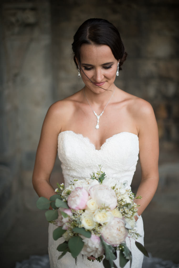 Bride Fitted Lace Mermaid Bridal Gown Crystal Earrings Necklace Bouquet White Pink Rose Peony Florals Romantic Outdoor Castle Tuscany Wedding http://www.natalymontanari.com/